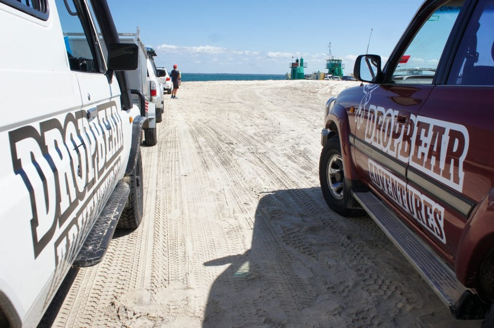Fraser Island Driving 4wd Lead Cars