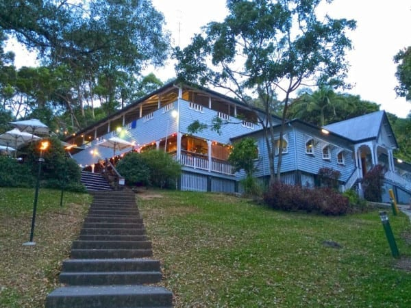 Halse Lodge Yha Backpackers 933x700